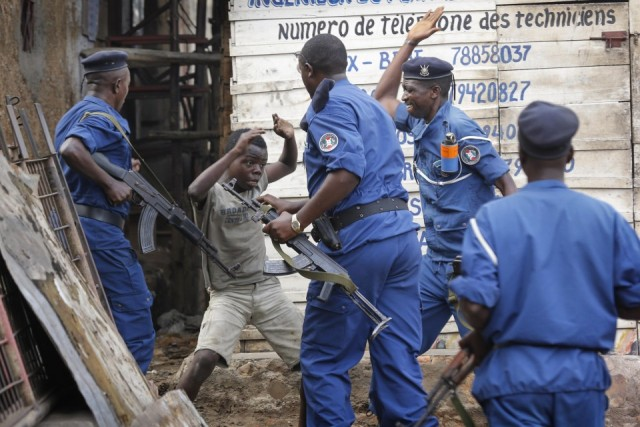 214102_Burundi_protests_continue_as_UN_condemns_the_killing_of_opposition_leader-960x600