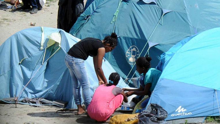 Calais : Un syndicaliste policier dénonce la volonté politique de « dissimuler certains faits » notamment les violences et abus sexuels entre migrants
