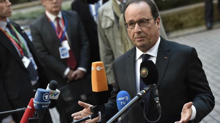 Dominique Jamet, de Debout la France «A gauche certains prônent la soumission. Que les juifs renoncent à la kippa, les chrétiens à manger du porc, que les femmes se voilent, nous aurons la paix. Qui a dit «soumission» ?»