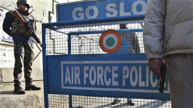 Inde : Manifestations de colère après l'attaque d'une base aérienne par des islamistes