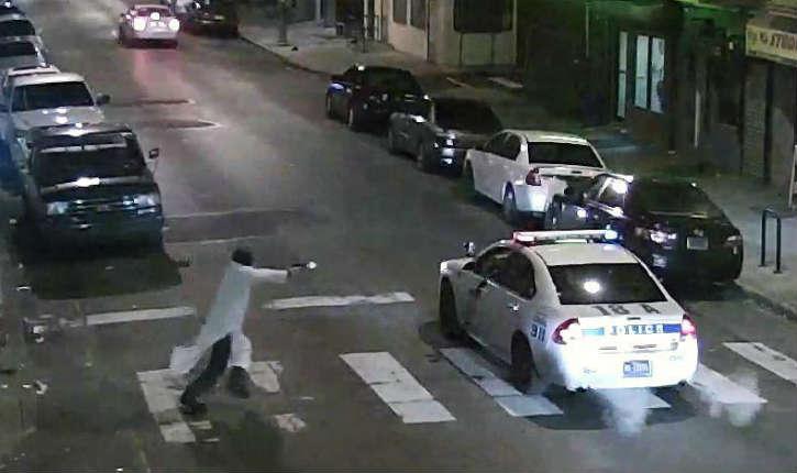 Etats-Unis: un terroriste a tenté d'abattre un policier de Philadelphie, indiquant avoir agi «au nom de l'islam»