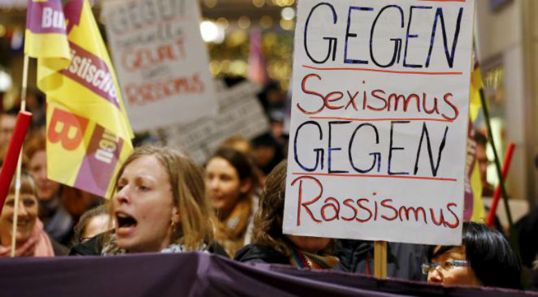 Marieme Helie Lucas sur les viols à Cologne : «Ce qui est en jeu c'est un projet de société théocratique, dans lequel les droits des femmes seront limités»