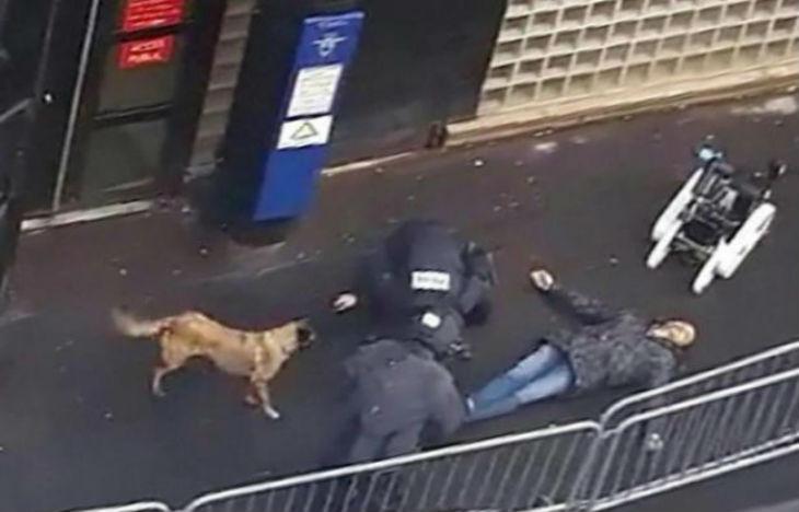Un an après Charlie, un islamiste de Daesh armé criant «Allah Akbar» tué devant un commissariat à Paris. «Aucun lien avec la radicalisation» selon Taubira…