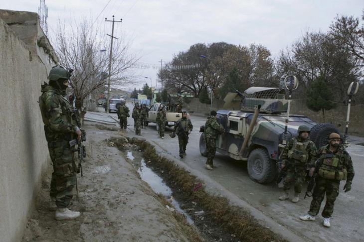 Afghanistan: Le consulat indien attaqué par des hommes armés. Tous les assaillants tués. Attentat suicide près de l'aéroport de Kaboul