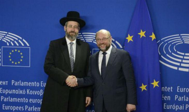 Le Grand Rabbin d'Israël appelle les juifs de France à garder la kippa,  « Que des voix se lèvent pour demander de ne plus porter la kippa démontre que la situation devient insupportable »