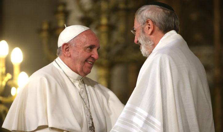Le pape à la synagogue de Rome:« Oui à la redécouverte de nos racines juives! »