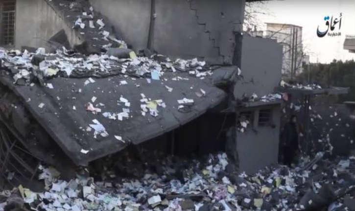 Irak: une réserve de cash de l'Etat islamique a été bombardé par la coalition