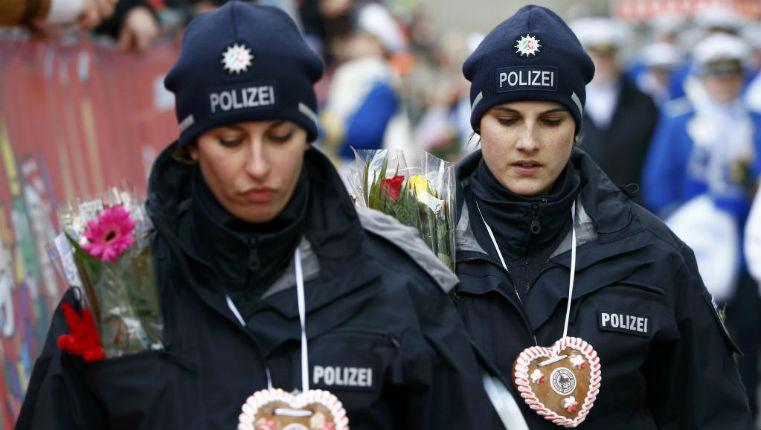 Carnaval de Cologne, les réfugiés se plaignent « Il y a une ambiance plutôt anti-islam et plus raciste actuellement »
