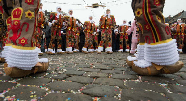 Belgique, Carnaval de Binche : Les migrants seront bien présents mais devront rentrer avant 20h