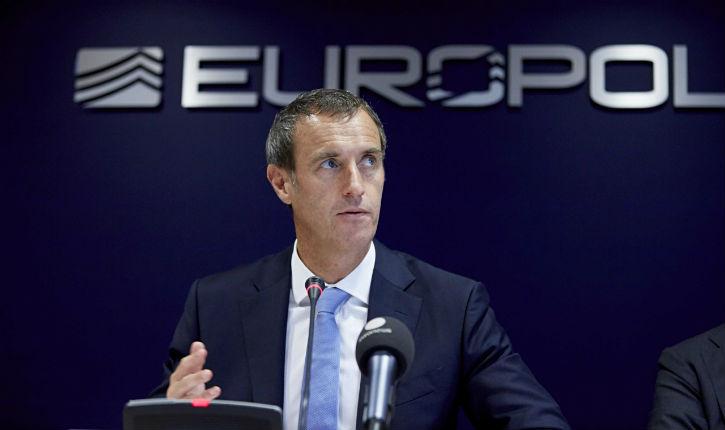 3000 à 5000 terroristes de Daech se sont infiltré en Europe, selon le patron d'Europol