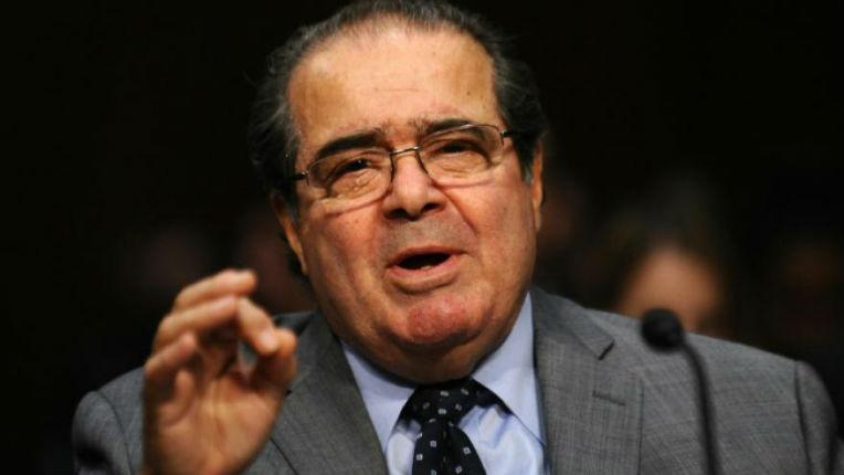 Etats-Unis : Le décès du juge républicain de la Cour suprême, Antonin Scalia, promet une bataille entre Obama et le Congrès