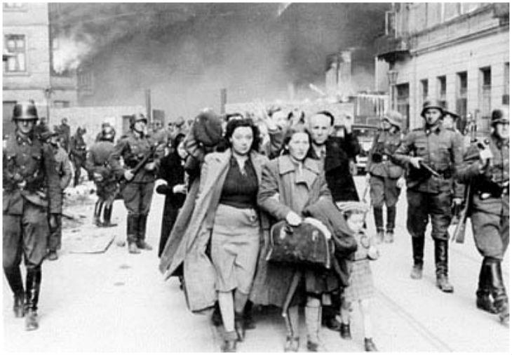 71 ans après le nazisme, la Lettonie restitue à la communauté juive cinq bâtiments confisqués par l'occupant nazi