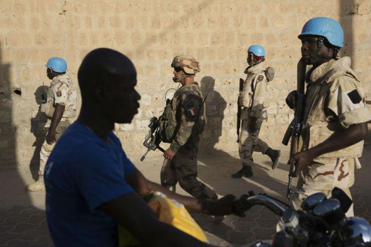 Mali: Un camp de casques bleus de l'ONU attaqué par un groupe de djihadistes