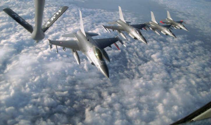 Le lieutenant général Sean MacFarland déclare: «larguer un tapis de bombes sur des zones de l'EI est contraire à nos valeurs»