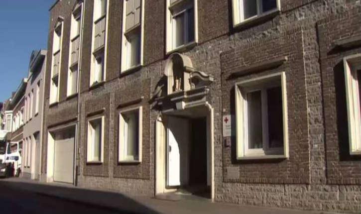 Un demandeur d'asile ayant suivi les cours de respect des femmes, viole une jeune femme dans un centre d'accueil