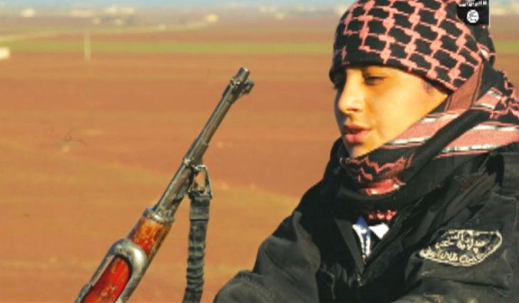 Etat islamique : un Syrien de 15 ans raconte comment il a décidé de devenir une bombe humaine «mon père m'a encouragé»