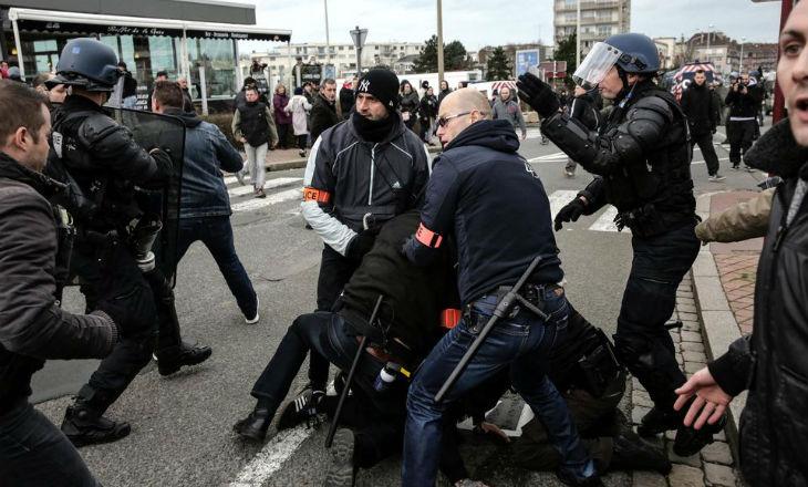 Grèves de la RATP, Pegida à Calais, congrès de l'UOIF : le deux poids-deux mesures de la Justice et l'Etat face à ces différentes manifestations