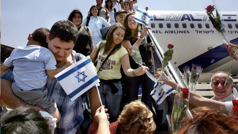 Vers un exode massif des Juifs européens selon le grand rabbin de Moscou