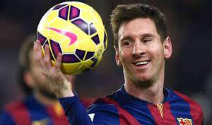 [Vidéo] Egypte: Messi déclenche un tollé en offrant ses chaussures «les pauvres en Egypte n'ont pas besoin d'aide venant de quelqu'un qui est juif»