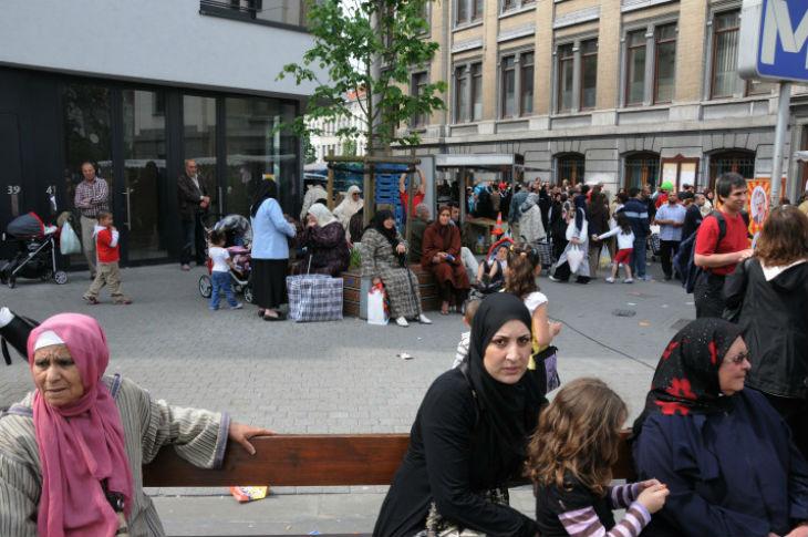 Bruxelles, comment Molenbeek est devenu un État (islamique) dans l'État : drogue, banditisme et islamisme radical
