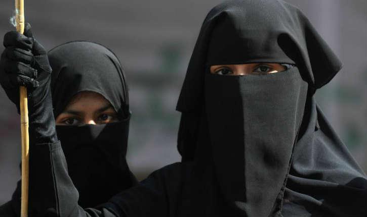 Une loi contre le niqab divise le Canada