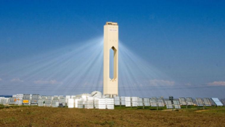 Israël construit actuellement la plus haute tour solaire du monde