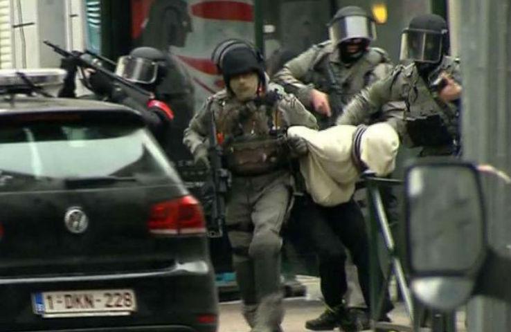 Salah Abdeslam veut «partir le plus vite possible en France et n'était pas au courant des attentats de Bruxelles»