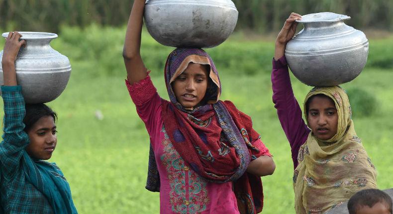 Pakistan : selon Amnesty International, les conseils de village ordonnent des actes abominables contre les femmes