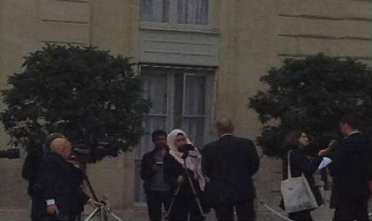 Nassira El Moaddem, une journaliste à France Télévisions, militante en faveur d'un communautarisme