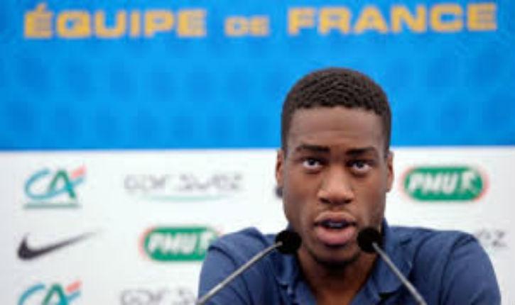 Un joueur de l'équipe de France de football fan de l'antisémite Soral