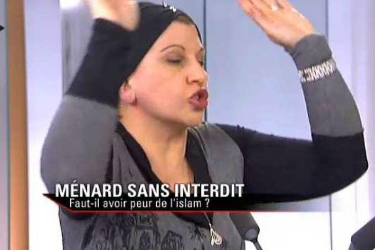 Dounia Bouzar soutient les Frères musulmans qui jettent homosexuels et apostats en prison