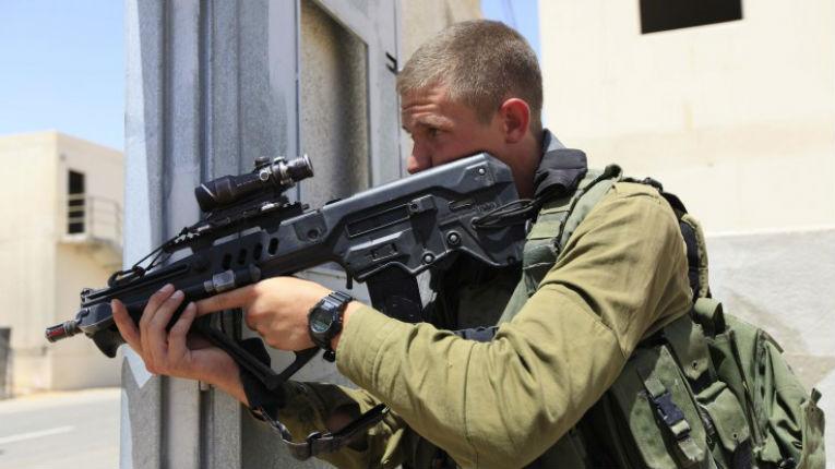 Israël : les ventes d'armes atteignent le chiffre record de 5,7 Milliards de dollars en 2015