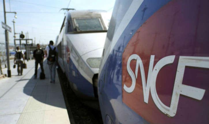"""Une plainte déposée contre la SNCF car elle impose… de cocher la case """"Monsieur"""" ou """"Madame"""""""