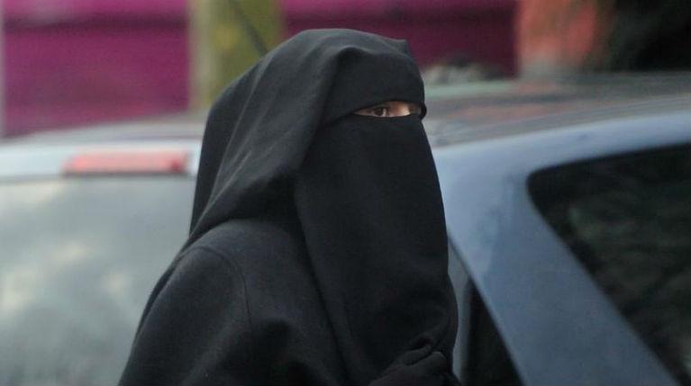La Cour européenne des droits de l'homme juge légitime l'interdiction du voile intégral en France
