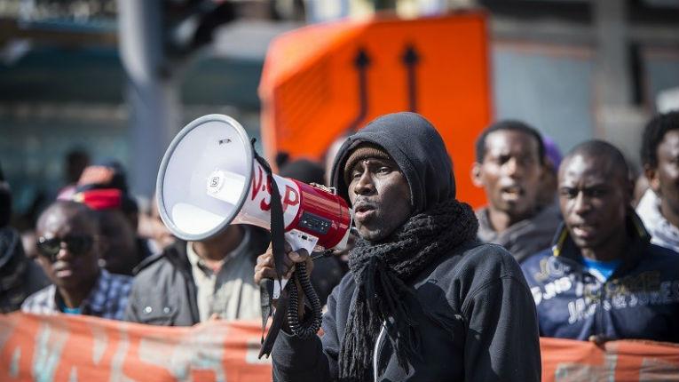 La Belgique veut faire signer une charte de respect des «valeurs européennes» et un engagement à s'intégrer aux migrants