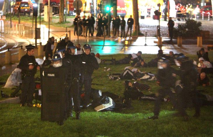 Bordeaux : Grand exercice de simulation d'un attentat terroriste pour l'Euro 2016