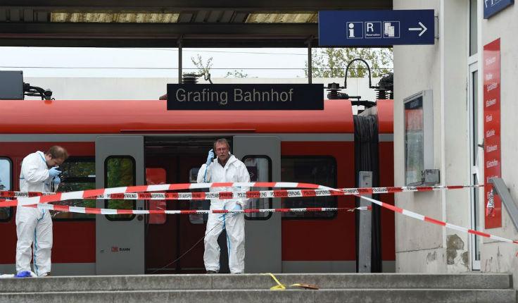 Intifada en Allemagne : Un mort et trois blessés par un islamiste armé au cri de «Allah Akbar» dans une gare de la région de Munich. Le motif «islamiste» n'est pas certain selon les autorités…