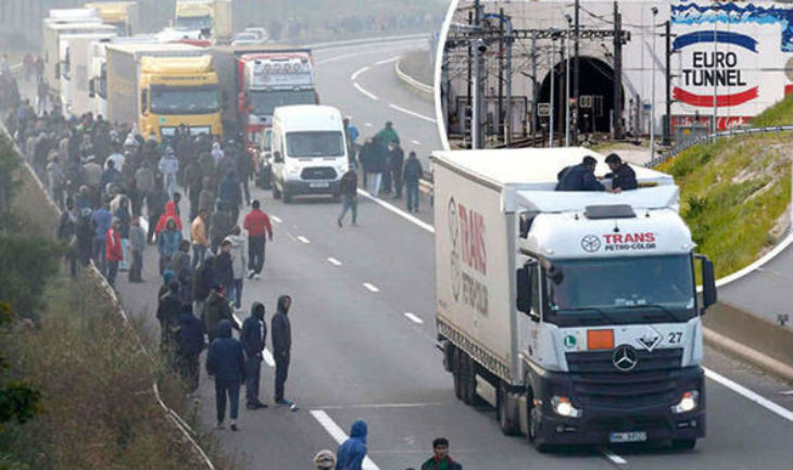 Un convoi britannique promigrants de 250 véhicules en route pour la France