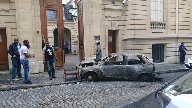 Attentat contre l'ambassade du Congo-Brazzaville à Paris prise d'assaut dans la nuit du 20 au 21 juin