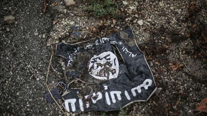 Syrie : L'Etat islamique attaque les troupes gouvernementales à l'arme chimique près de Raqqa