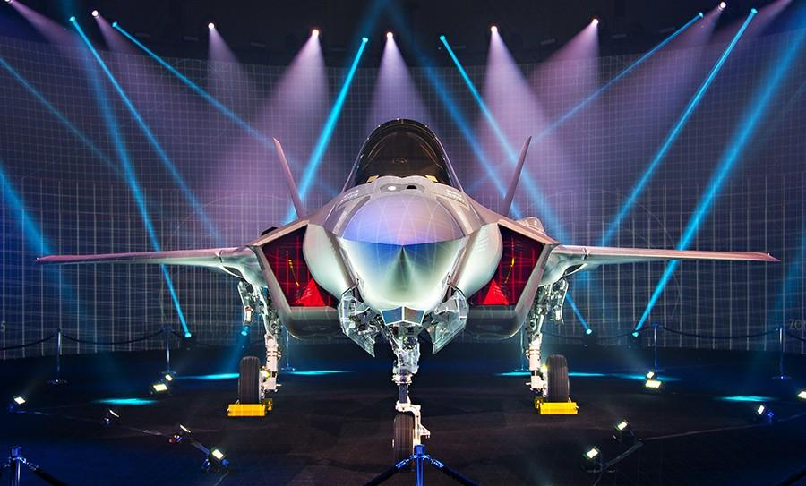Israel-F-35-Adir-Debut-22-June-16-900x543