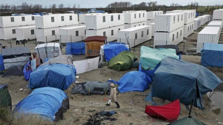[Vidéo] Calais : les migrants continuent de s'entasser dans la « jungle »