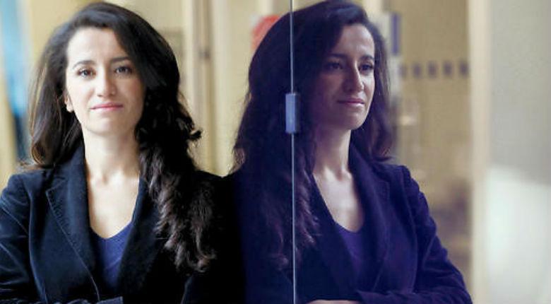 Lydia Guirous «Ce n'est pas à l'école de s'adapter aux minorités. Les femmes voilées sont les idiotes utiles du salafisme»