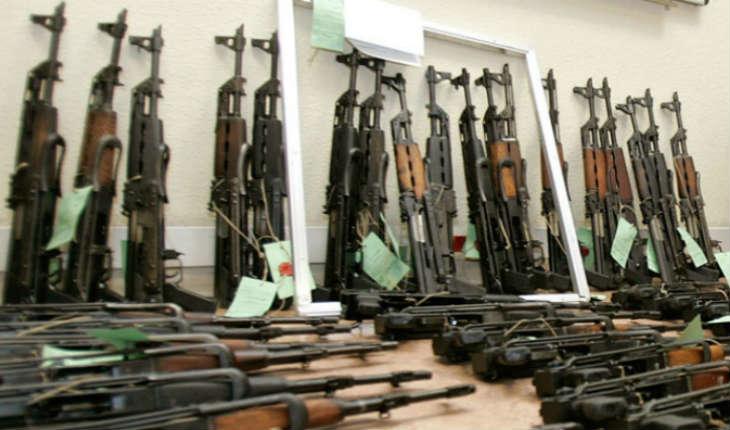 Allemagne: Un arsenal d'armes de guerre trouvé à proximité d'une mosquée.