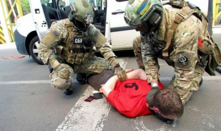 [Vidéo] Un Français arrêté en Ukraine préparait 15 attentats en France pendant l'Euro