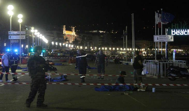 Attentat de Nice: Ramzi A., Chokri C., Mohamed Oualid G., Artan H. et Enkeledja Z. Qui sont les cinq suspects mis en examen ?