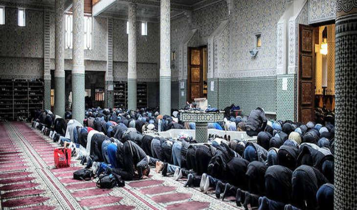 La «Charte de l'imam» provoque une crise au sein de l'islam de France