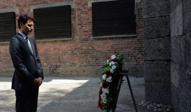 Trudeau visite le camp d'Auschwitz en Pologne «Nous n'allons jamais oublier»
