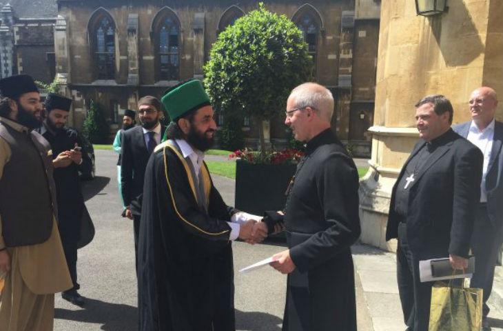 Royaume-Uni: Un prédicateur de haine qui glorifie le djihad accueilli par l'archevêque de Canterbury au nom du «dialogue inter-religieux»