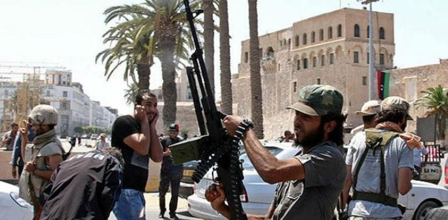 Les rebelles de Benghazi appellent les Libyens à expulser les forces françaises